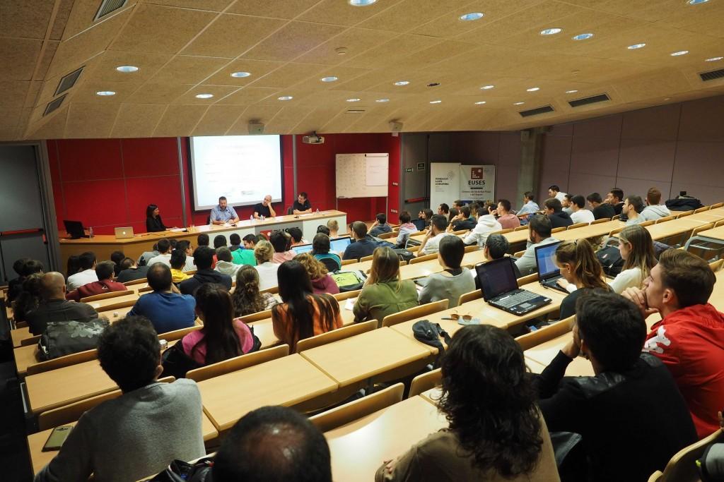 I Jornada de l'Esport David Moner a l'Euses Escola Universitària de la Salut i l'Esport a Salt. PERE DURAN / NORD MEDIA
